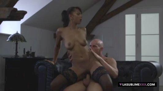 Rencontre discrète Retraitée besoin de sexe